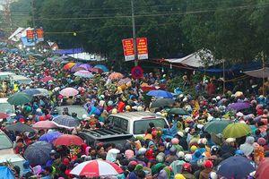 Khai hội chợ Viềng, phí gửi ô tô cao nhất lên tới 300.000 đồng/xe