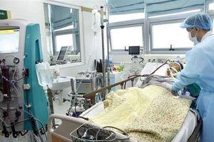 Bệnh viện Bạch Mai: Nhiều trường hợp mắc cúm trong tình trạng nặng