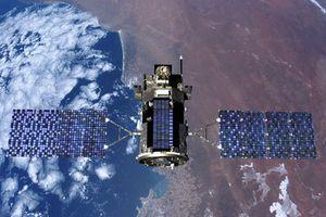 Lầu Năm Góc dè chứng vũ khí laser tiêu diệt vệ tinh của Nga, Trung Quốc
