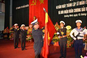 Lữ đoàn 170 Hải quân đón nhận Huân chương Bảo vệ Tổ quốc hạng Nhất