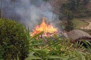 Mâu thuẫn với vợ, người đàn ông đốt nhà bố vợ rồi lao vào đám cháy tự tử