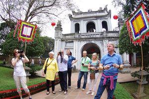 Du lịch Hà Nội thu hơn 2.000 tỉ đồng dịp Tết Nguyên đán 2019