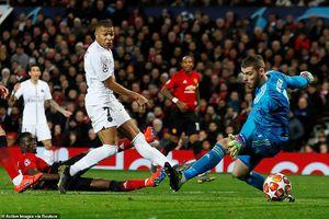 Pogba nhận thẻ đỏ, M.U thua đau PSG ngay tại Old Trafford