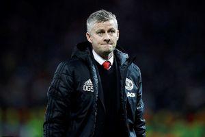 Vì sao MU thua trắng PSG 0-2 ngay tại Old Trafford?