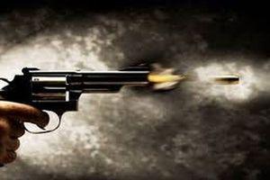 Thiếu niên bị bệnh tâm thần cầm súng gây nổ khiến bé gái 11 tuổi tử vong