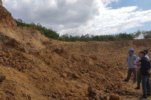 Bắt quả tang một vụ khai thác đất sét trái phép