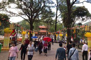 Dày đặc hoạt động tại lễ hội mùa Xuân Côn Sơn - Kiếp Bạc