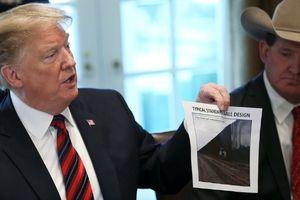 Tổng thống Trump tìm được 23 tỉ USD xây tường biên giới