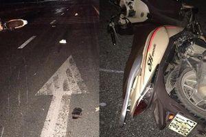 Hà Tĩnh: Xe máy tông xe tải đỗ bên đường, 3 thanh niên tử vong