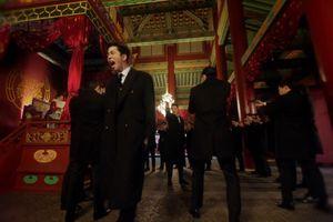 'Hoàng hậu cuối cùng' tập 23: Không chỉ bị Thái hậu cho ăn tát, Jang Nara còn bị Shin Sung Rok khủng bố cưỡng hôn
