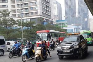 Sau Tết, nhiều 'điểm nóng' giao thông giảm mạnh ùn tắc do xén dải phân cách