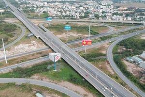 Vụ việc cấm 02 ô tô lưu thông trên đường cao tốc: Lỗi không bao giờ thuộc về tài sản