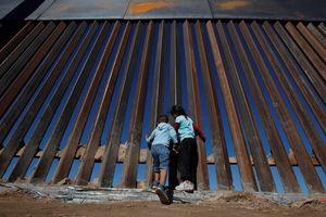 Tổng thống Trump tuyên bố sẽ có được 23 tỷ USD xây tường biên giới