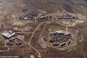 Cận cảnh nhà tù kiên cố nhất nước Mỹ có thể là nơi giam giữ 'trùm vượt ngục' khét tiếng Mexico