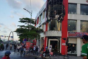 Đà Nẵng: Cháy tại cửa hàng xe máy, hành khách và nhân viên tháo chạy tán loạn