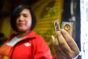 Mai lên bàn đẻ, bà bầu vẫn xếp hàng từ 5h mua vàng ngày Thần Tài