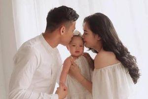 Cầu thủ tuyển Việt Nam đã sến súa thế nào trong ngày Valentine?