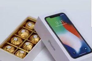 'Iphone X chỉ 400.000 đồng', giới trẻ sốt xình xịch tặng nhau dịp 14.2
