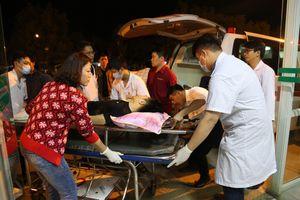 Vụ ô tô đâm nhau trên cao tốc Nội Bài - Lào Cai: 12 người thương vong