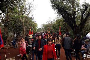 Thanh Hóa: 'Mở cổng trời' khai hội đền Nưa