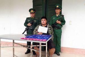 Sơn La: Bắt đối tượng vận chuyển 12 nghìn viên ma túy