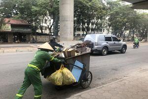 Những công nhân môi trường thầm lặng dọn rác sau Tết Nguyên đán