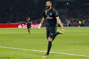 Ajax 1-2 Real: 'Song sát' tỏa sáng, Kền kền trắng bay cao tại Hà Lan