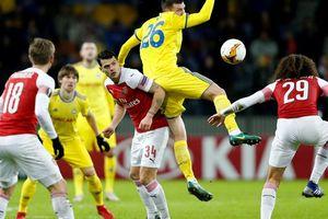 Arsenal thua đau, Chelsea mơ đi tiếp ở Europa League