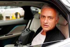 M.U mất gần 20 triệu bảng khi sa thải Mourinho