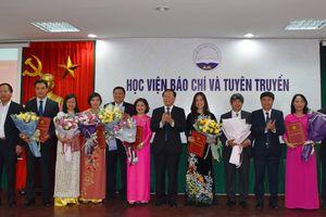 Học viện Báo chí và Tuyên truyền bổ nhiệm lãnh đạo 8 đơn vị trực thuộc