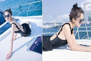 Cổ Lực Na Trát khoe dáng gợi cảm với bikini trên du thuyền triệu đô