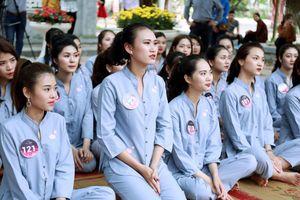 26 Người đẹp Kinh Bắc 2019 tham gia khóa tu