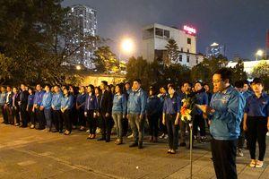 Đoàn Thanh niên quận Hà Đông thắp nến tri ân các anh hùng liệt sỹ