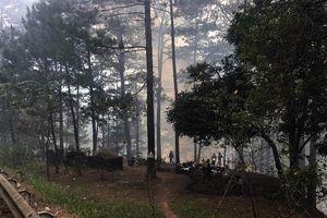 Huy động nhiều lực lượng tham gia chữa cháy trên đèo Prenn