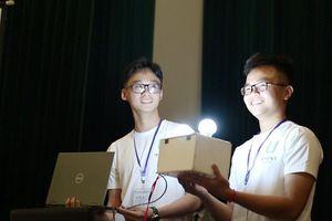 Độc đáo thiết bị nhận diện nụ cười - Spread Smiles học sinh cấp 3