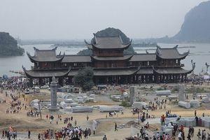 Khai Hội ngôi chùa lớn nhất thế giới- Tam Chúc