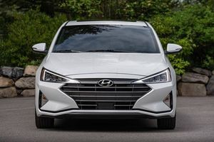 Xem trước Hyundai Elantra 2019 sắp về Việt Nam