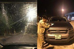 Ô tô bán tải bị ném vỡ kính khi đang di chuyển trên cao tốc Hà Nội - Hải Phòng