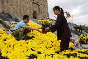 Rực rỡ thảm hoa khai hội xuân Tây Yên Tử