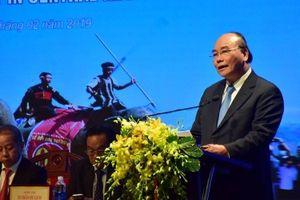 Thủ tướng Chính phủ Nguyễn Xuân Phúc: Du lịch Miền Trung- Tây Nguyên cần lấy cụm ngành làm trọng tâm phát triển