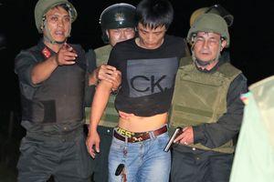 Bắt thêm 4 người liên quan kẻ buôn ma túy cố thủ bằng lựu đạn