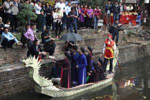 Hội Lim (Bắc Ninh): Đinh tai nhức óc vì quan họ thời 4.0
