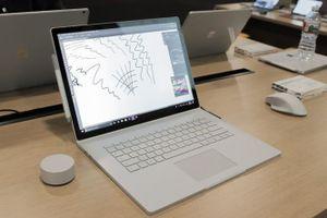 Microsoft Store giảm giá sâu dòng sản phẩm Surface