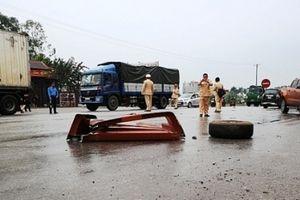 Thanh Hóa: Xe container đâm liên hoàn, 8 người thương vong