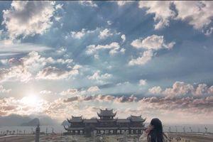 Bộ ảnh kiều nữ ở chùa Tam Chúc lớn nhất thế giới đẹp huyền ảo