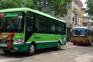Lộ trình 2 tuyến buýt phục vụ lễ hội chùa Hương vừa được tăng cường