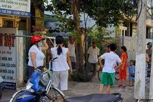 Truy bắt nhóm người đeo khẩu trang chém thanh niên trên phố