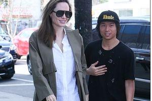 Angelina Jolie khéo 'đập tan' tin đồn suy sụp vì chồng cũ có bồ