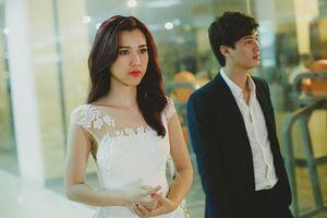 Chuyện showbiz: Hoàng Oanh ngó lơ lời chúc mừng của tình cũ Huỳnh Anh