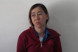 Khánh Hòa: Bắt 'nữ quái' vờ hỏi chuyện rồi 'chôm' tài sản của khách du lịch